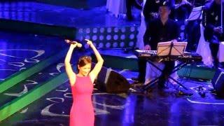 [Truc Bach show] 2 Ru em tung ngon xuan nong - Hong Nhung