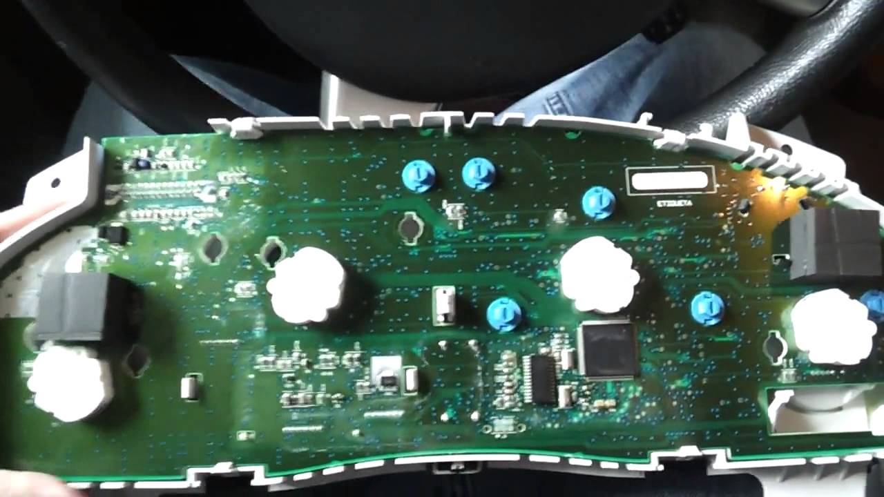 2006 Chevrolet Cobalt Fuse Box Gm Gauge Cluster Bulb Replacement 2005 Saturn Relay