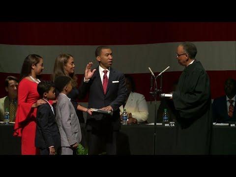 Montgomery, Alabama's First Black Mayor Sworn In