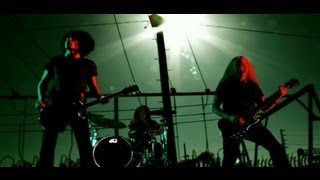 Music video by Alice In Chains performing Check My Brain (Music Vid...