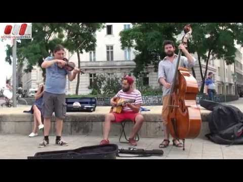 "Amazing Band ""Django Jet"" (Czech Republic). Vienna Street Performers by Russian Austria (FHD)"