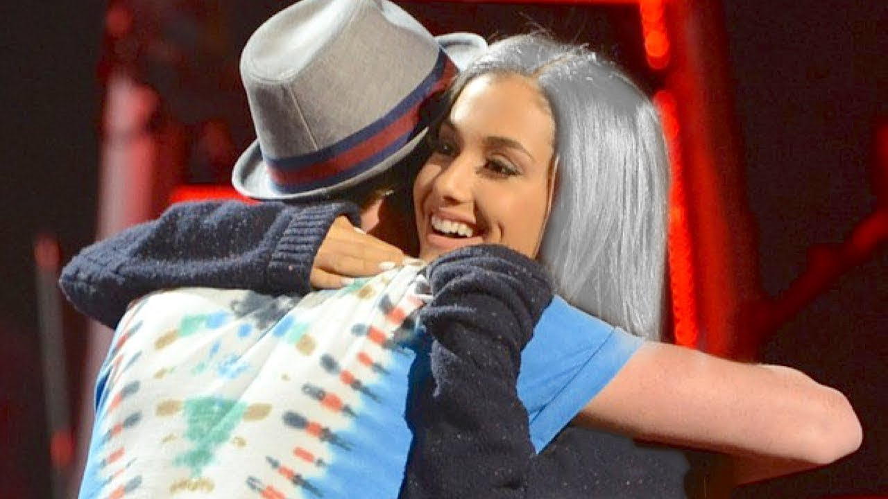 Ariana Grande Surprises Fan On American Idol W Rare Hairstyle Youtube
