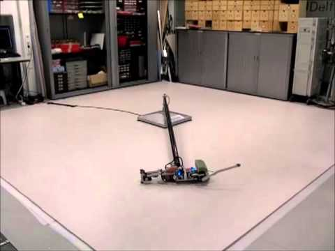 TU Delft robot Leo learns to walk
