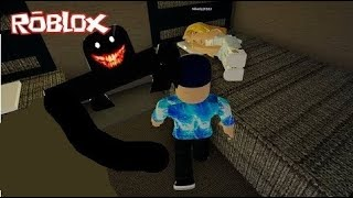 IN OUR PEACE HAUNTED! 🏨😱 ROBLOX HOTEL