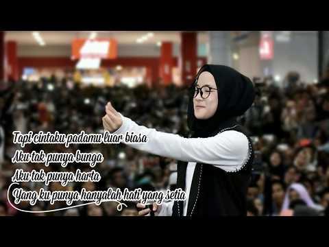 Cinta Luar Biasa - Andmesh Cover By Nissa Sabyan (Lirik Lagu 2018)