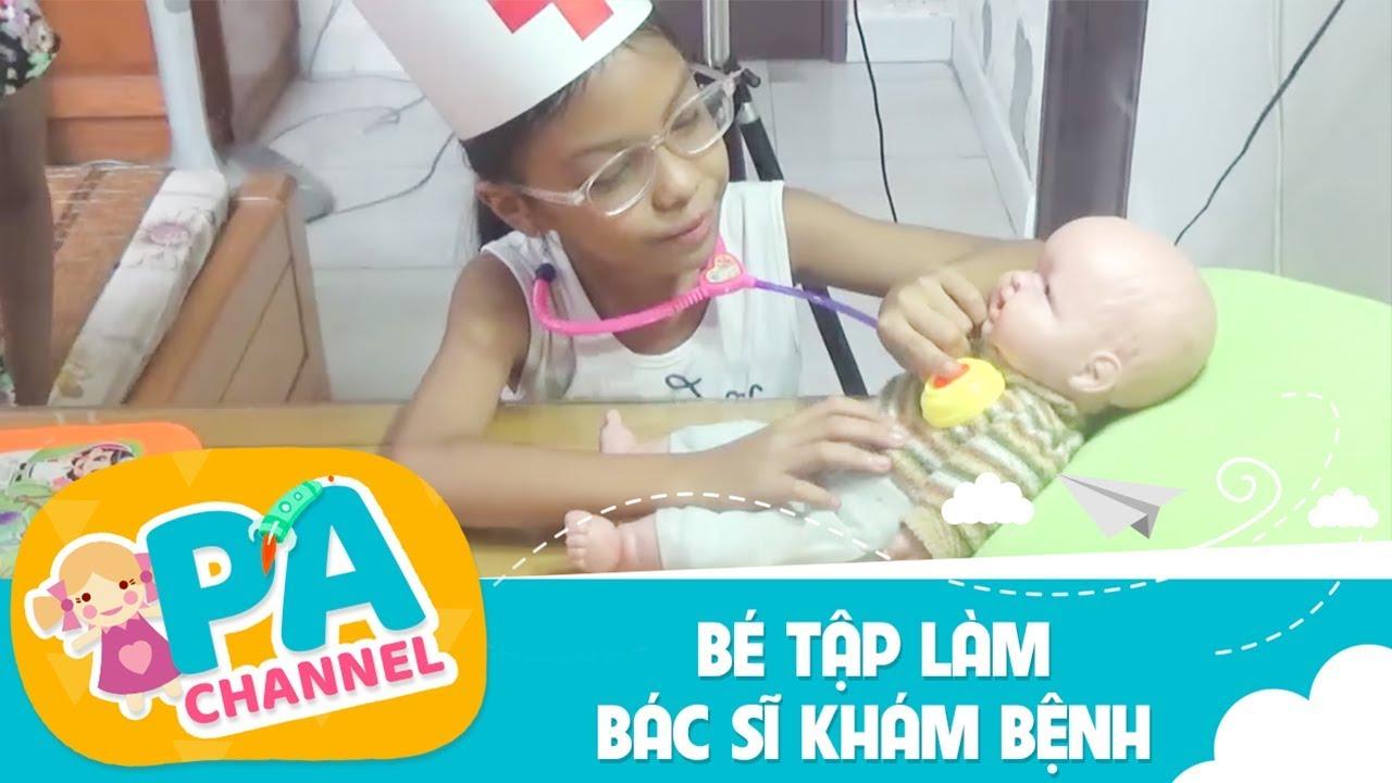 Trò chơi bé Phương Anh tập làm bác sĩ khám bệnh cho em búp bê   Đồ chơi chữa bệnh cho trẻ em