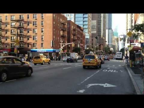 Eine Minute New York: Freitagnachmittag auf der Avenue of the Americas (6th Ave)