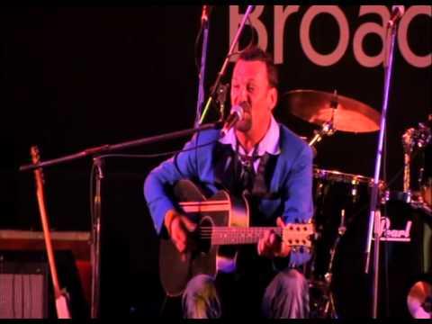 TIM GRIFFIN @ BROADBEACH BLUES FEST 23052013