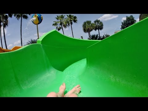 Wet 'n Wild Orlando - Green Water Slide | Blastaway Beach Area