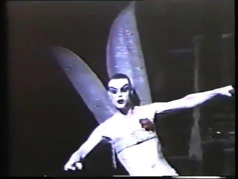 FLOWERS - Lindsay Kemp Company. Teatro Parioli, Roma, 1982.