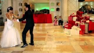 Baile de novios coreografía surtida.