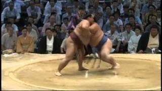 稀勢の里、2場所続けて千秋楽で琴奨菊に敗れる sumo kisenosato kotosyo...