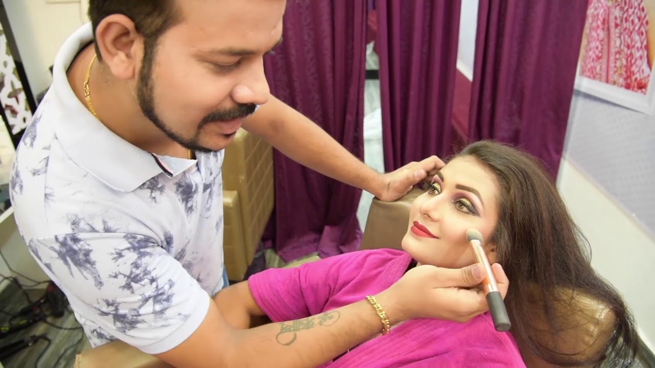 cocktail makeup look by mac makeup by chandresh jhansi