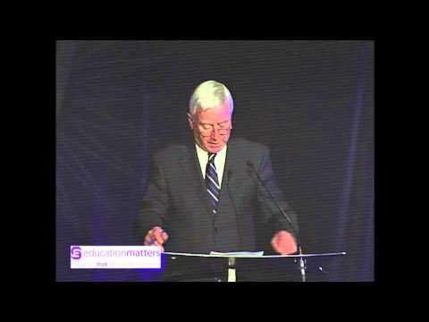 Quincy Smith Accepts 2012 Calgary Board of Education Distinguished Alumni Award