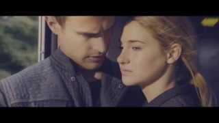 Gambar cover Tris & Four ♥ Clarity