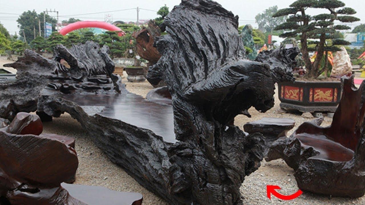 """Choáng ngợp bộ bàn ghế bằng gỗ lũa """"khủng"""" nhất Việt Nam"""