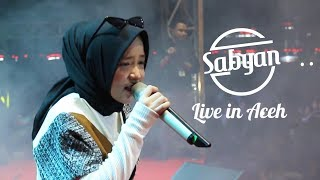 Gambar cover Idul Fitri - Sabyan (Live in Aceh)