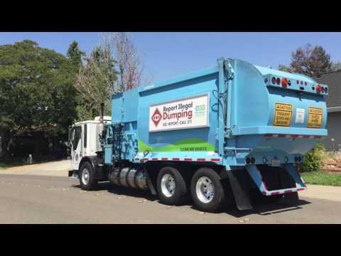 City of Sacramento: AmericanLaFrance Condor Wayne Curbtender