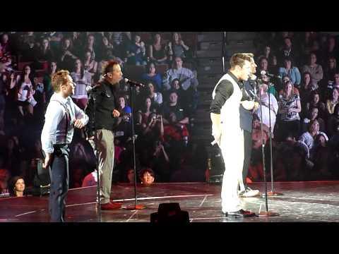 98 Degrees - Microphone - Mohegan Sun 5/28/13