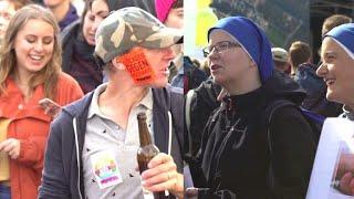 Demos gegen und für Abtreibung in Berlin