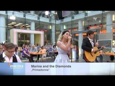 MARINANEWSNET  Marina and the Diamonds  Interview + Primadonna Acoustic MoMa 29052012