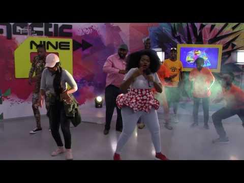 Busiswa performs Gobisiqolo - Live Performances