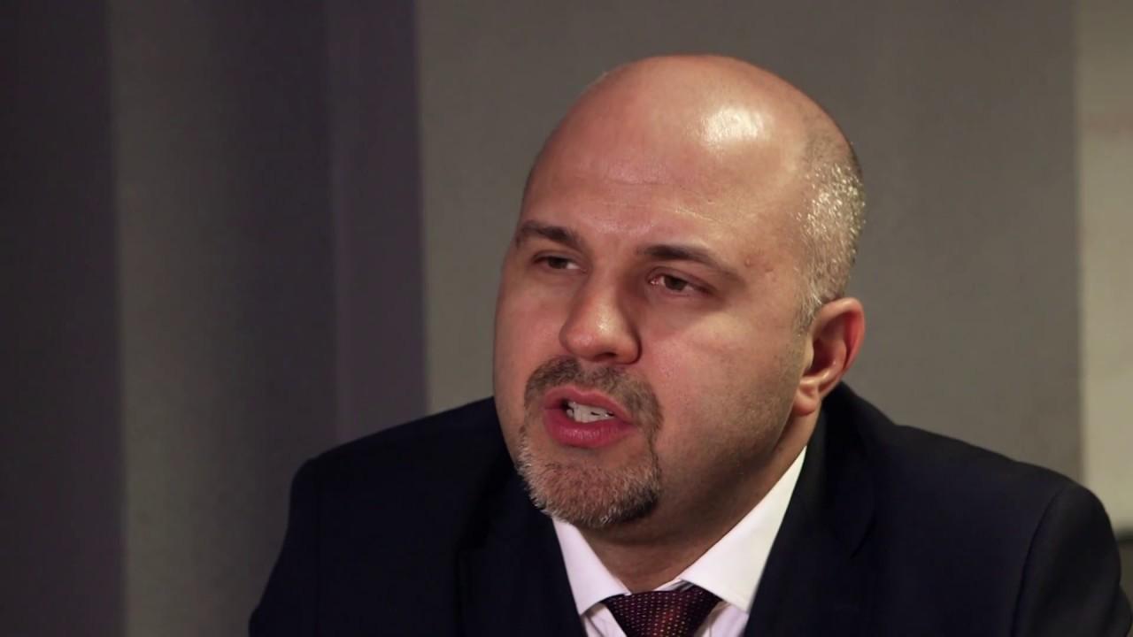 Emanuel Ungureanu toarnă tot | Ziarul National  |Emanuel Ungureanu