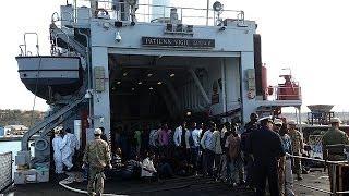 Nuovo sbarco a Lampedusa, al via missione nel Mediterraneo