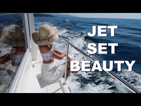 GUIDE TO JET SET BEAUTY   |  How To Pack : Fashion & Beauty for holidays   |   Fashion Mumblr AD
