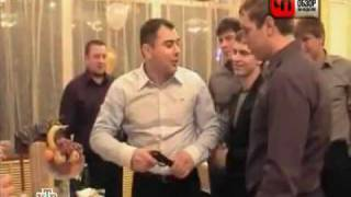 Russian Roulette in Wedding gone Wrong - Roulette Russa a Matrimonio
