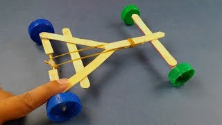 How to make a Rubber Band powered Car   DIY Rubber Band powered Car