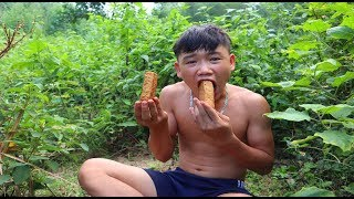 survival skills | in the woods are hungry and the solution - primitive life | survival skills. HT