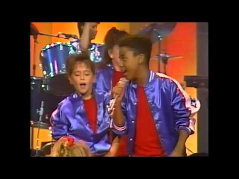 KIDS Incorporated - Every Little Step I Take (1989 - 720p HD Live Look)