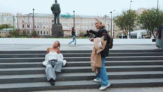 [4K] Moscow Walk. Russian Girls enjoying Spring on Triumfalnaya Square (Mayakovka). May 13, 2021