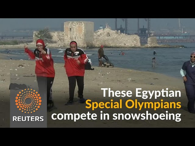 Egypt's Special Olympians train for snowshoeing on sand