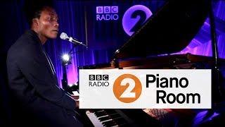 Benjamin Clementine - Gone (Radio 2's Piano Room)