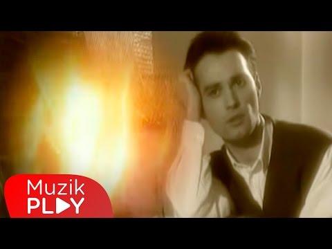 Zafer Peker - Sensiz Sabah Olmuyor (Official Video)
