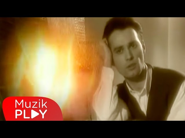 Zafer Peker - Sensiz Sabah Olmuyor (Official Video)