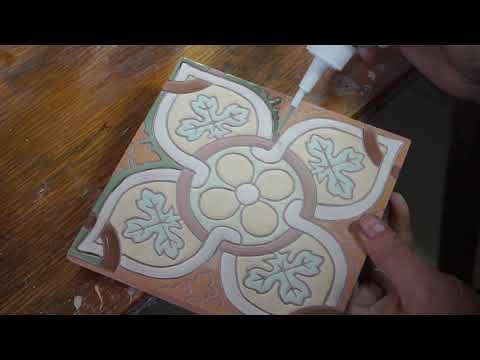 Керамическая изразцовая плитка ручной работы, от производства до укладки
