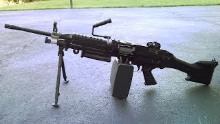 Airsoft A&K M249 MKII S.A.W. Demonstration