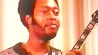 Play Brother Rapp Ain't It Funky Now (Live)