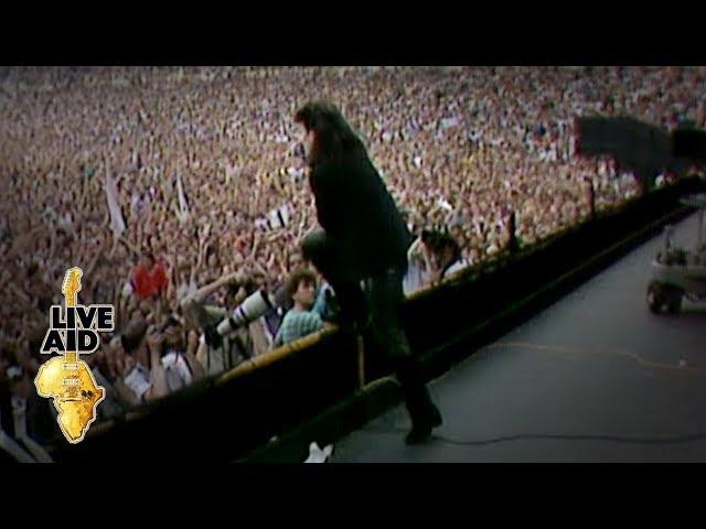 U2 - Sunday Bloody Sunday (Live Aid 1985)