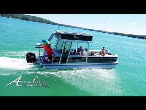 2018 DOUBLE DECKER Pontoon Boats with SLIDES and SUNDECKS | Avalon Funship Pontoons
