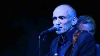 Watch Paul Kelly Keep On Driving video