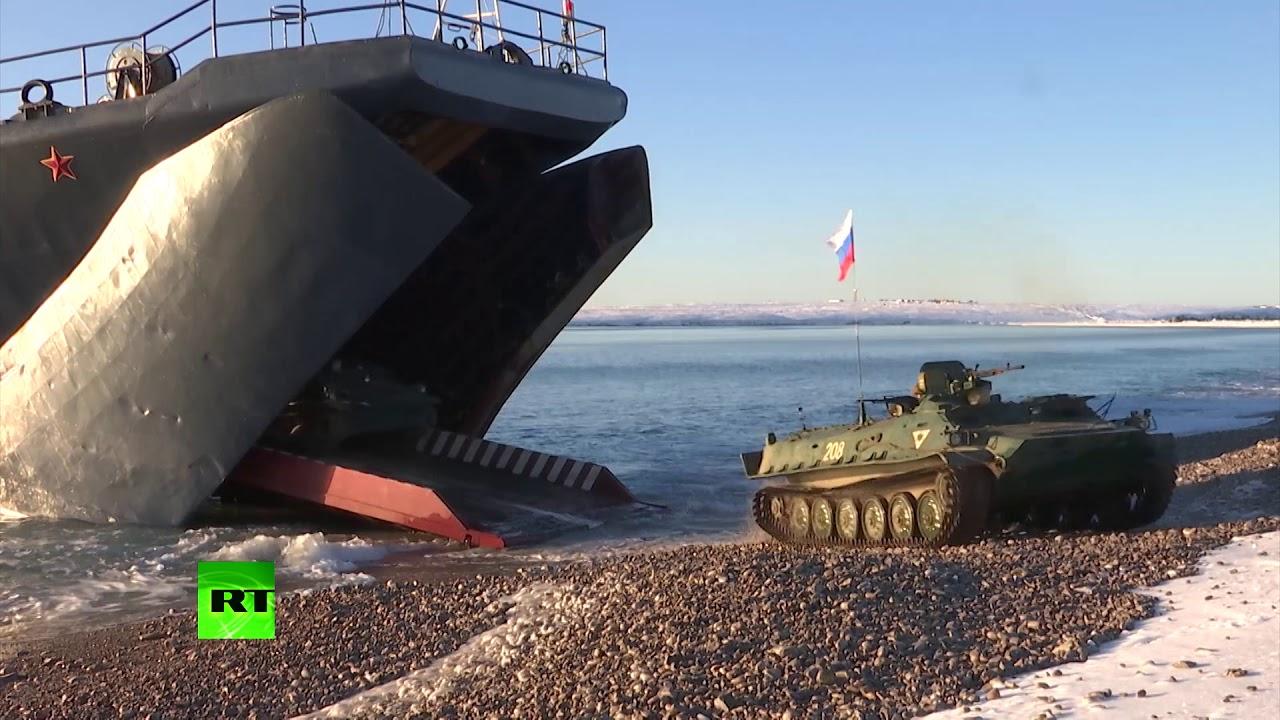Корабли Северного флота приступили к выполнению задач финального этапа арктического похода
