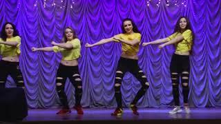 """Современные танцы. Зумба. Танцевальное шоу """"Лишний танец"""" от Студии танцев """"А-Dance"""""""