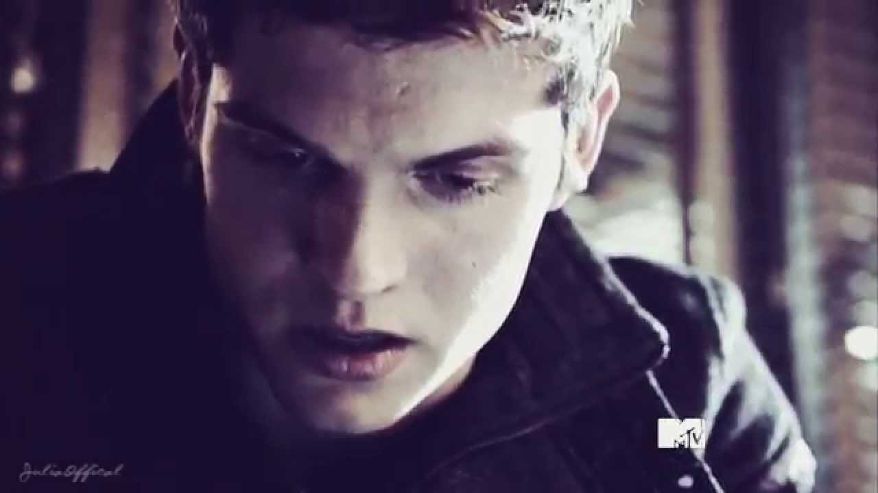 Isaac Lahey And Allison Argent Gif