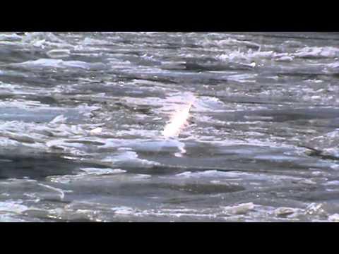 Ice choked Ohio river