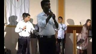Repeat youtube video Ennikkayi karuthunnavan(Enthinennu Chodhikkilla Njan) Malayalam Worship Song