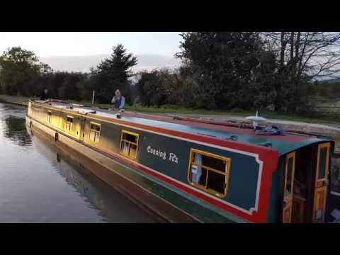 The Kennet and Avon Canal with Foxhangers